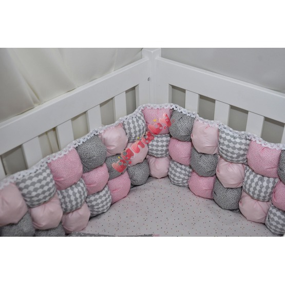 Cushion to cribs pink